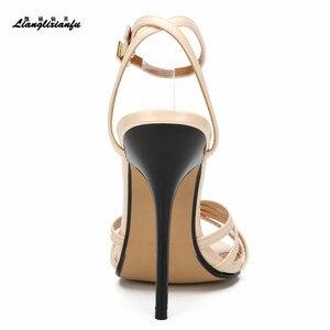 Image 2 - LLXF Unisex SM Giày Vải Gót Sọc Mùa Hè Hộp Đêm bơm 14 cm mỏng cao cấp Giày nữ cưới Đeo Chéo Nữ búp Bê Cô Dâu Xăng đan
