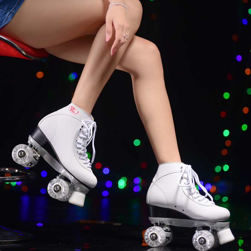 LK716 Lace-up Double Row Thickened Backplane Skates Shoes Adults PU Flashing Rollers Skating Shoes Women Gifts lk715 adults roller skates double row 4 pu wheel skating shoes lace up white skates men women sneakers size 35 44