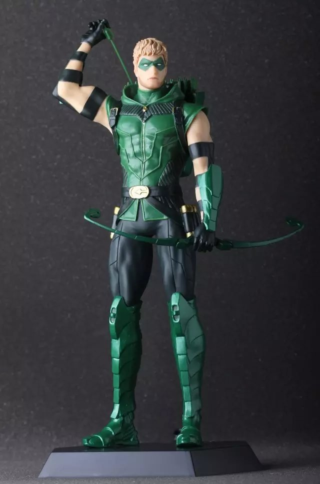 Anime green arrow oliver queen 28 cm pvc action figure toy collection modello regalo hot toy juguetes 7 oliver jonas queen green arrow superheros joints doll action figure collectible pvc model toy for gifts