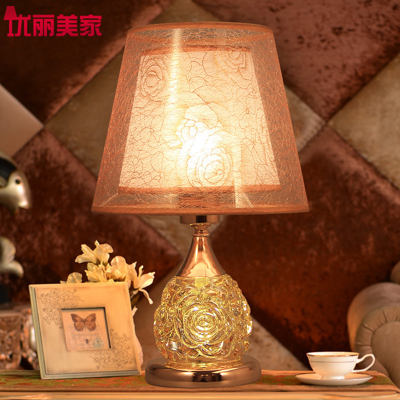 TUDA 2017Now Table Lamps Crystal Bedroom Bedside Lamp Table Lamp For Living Room Glass Decorative Lamp Warm And Lovely Rose tuda glass shell table lamps creative fashion simple desk lamp hotel room living room study bedroom bedside lamp indoor lighting