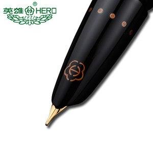 Image 2 - Оригинальные ручки Hero 1079 ультратонкая ручка 0,38 мм Студенческая слово офисная бизнес Подарочная коробка черный розовый синий элегантные дамы Бесплатная доставка