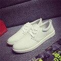 Nueva Moda 2016 de Los Hombres Zapatos Casuales Zapatos Blancos de La Moda Para Los Hombres Zapatillas de Lona Planos Sólidos Zapatos del Tablero Masculino