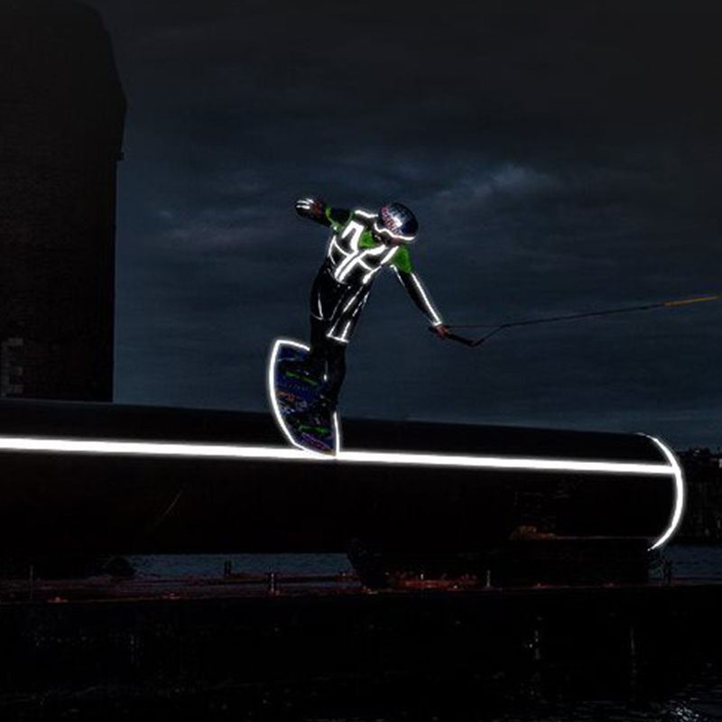 Outdoor Night Reflective Spray Paint 200ml Safety Reflecting Mark Anti Accident Riding Bike Running Fluorescence PaintOutdoor Night Reflective Spray Paint 200ml Safety Reflecting Mark Anti Accident Riding Bike Running Fluorescence Paint