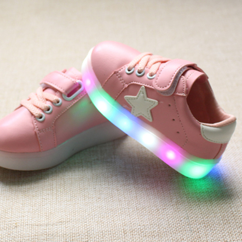 155e98d89af41 children shoes with light 2017 autumn baby boys girls LED light shoes  chaussure enfant kids fashion breathable boys sneakers-in Sneakers from  Mother   Kids ...