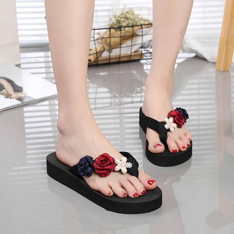 b23c75c02abcd ... 2018 Female Flowers Handmade DIY Flip Flops Summer Women Beach Shoes  Slippers Sandals All Match Korean ...