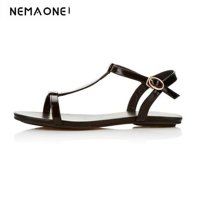 8475388edda95 2018 New fashion women shoes summer women sandals simple flat sandals  T-strap casual shoes woman