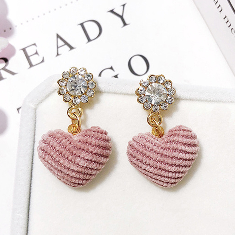 Miss JQ New Sweet Temperament Long Fluffy Heart Drop Earrings Women Rhinestone Earrings Jewelry Brincos Pendientes Oorbellen