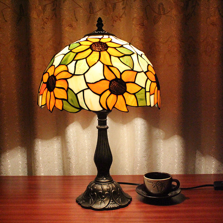 Tiffany European Table Lights Creative Bedroom Bedside Study Room Living Room Cafe Bar Hotel Sunflower Marriage Room Table Lamps tiffany european creative table lights countryside bedroom bedside study room living room cafe bar hotel wedding table lamps