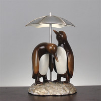 Couple Penguin Statues Resin Animal Figurines Ornaments Garden Micro Landscape Decoration Creative Craft Gift for Friends Lovers
