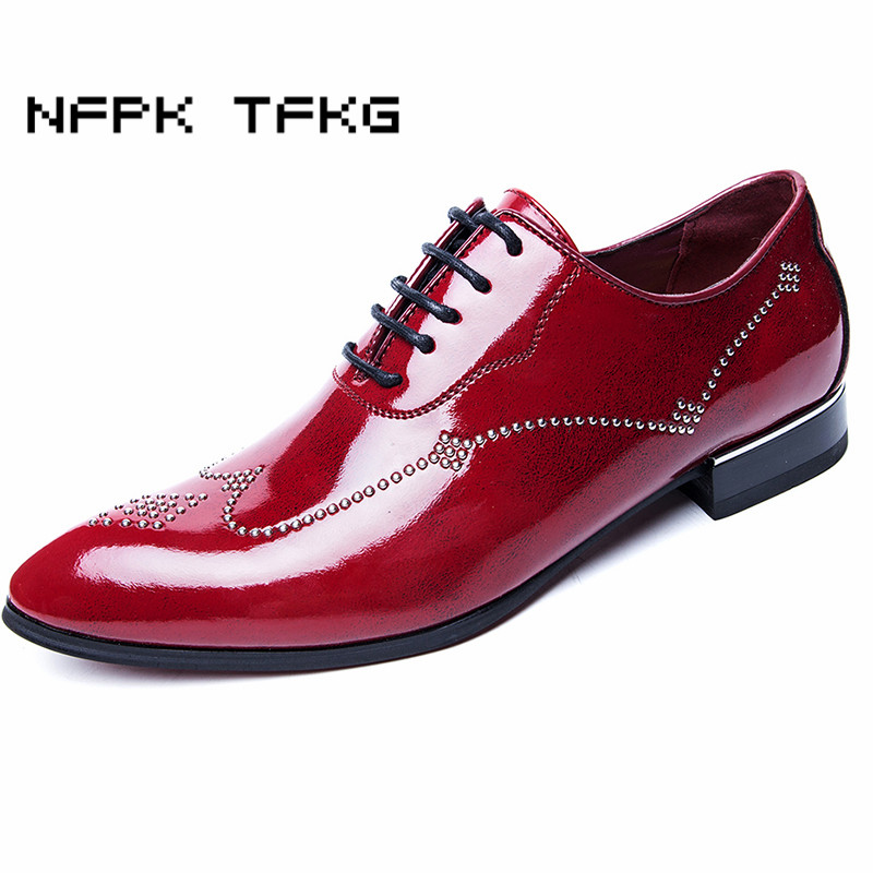 British style mens casual wedding party bright patent leather rivet shoes gentleman flat oxford shoe lace-up comfort sapatos man 2017 new style man shoe goodyears handmade mens oxford shoes wedding party dress 100