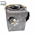 Fashion Brand Women Striped Satin Flower Appliques Beaded Gift Box Clutch Handbags Totes Ladies Trunk Evening & Day Clutches Bag
