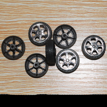 10/100pcs hole 2x20mm plastic Wheel/yuanmbm toy car wheel Toy Accessories Technology Model Parts/rc/baby toys T202A image