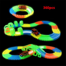 110/128/238 / 360PCs Frissítve ragyogó versenyautópálya játék alagúton DIY Flash Twister pálya Luminous Flexible Rail Mini Cars