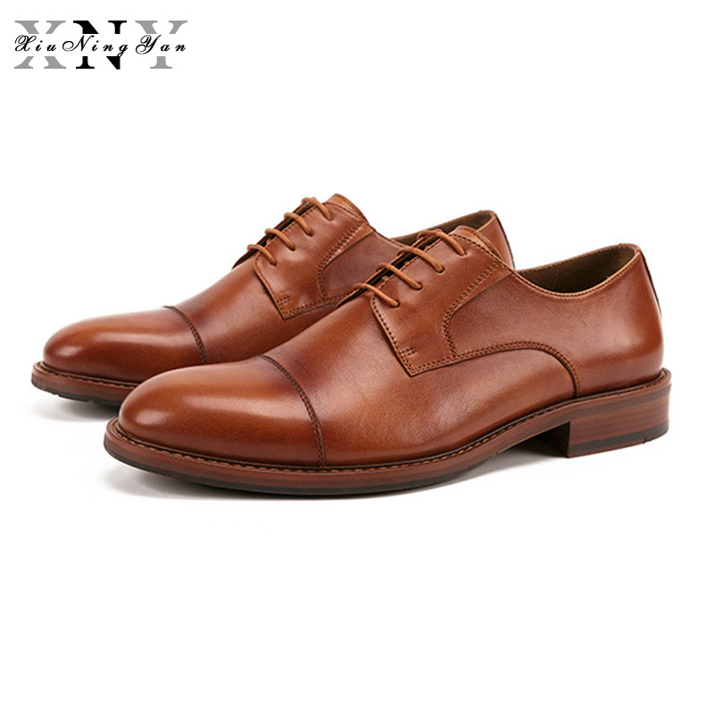 Man Business Shoes Handmade Genuine Leather Mens Carved Oxfords Round Toe Flat Platform Man Brogue Wedding Party Dress ShoesMan Business Shoes Handmade Genuine Leather Mens Carved Oxfords Round Toe Flat Platform Man Brogue Wedding Party Dress Shoes