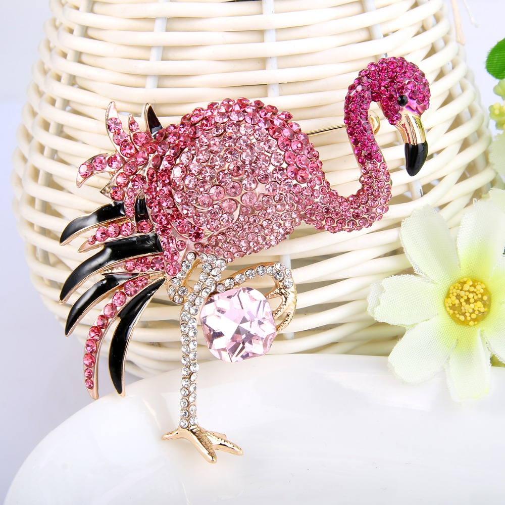 Bella Fashion Gold Tone Luxury Pink Enamel Flamingo Rhinestone Brooch Pins Austrian Crystal Animal Brooches For Party Jewelry brooch pins pink flamingo brooches for women love cute gift enamel lapel pin broche broches 2018 fashion jewelry accessories