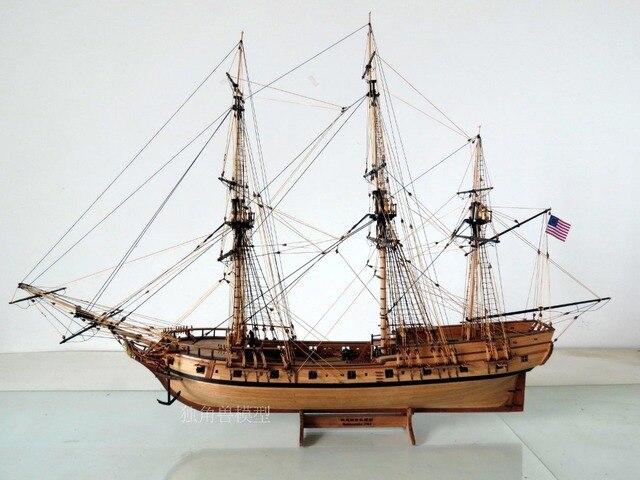 Wooden Ship Model kit Scale 1/50 U.S Rattlesnake 1782 ship