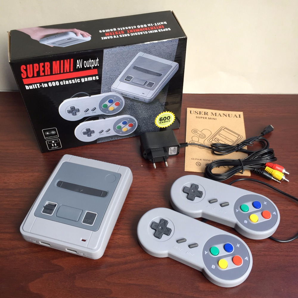 Retro Classic Handheld Family Mini TV Video Game Console player 8bit games Support AV Out Built-In 600 Classic Games For SNES