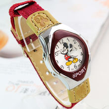 Модные часы с рисунком Микки Мауса на тканевом ремешке для девочек, мальчиков, студентов, девочек хорошего качества, кварцевые детские спортивные часы, повседневные часы