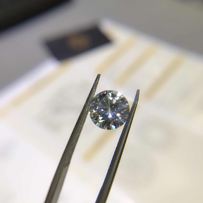 Şiir Of yahudi mağaza yuvarlak Moissanite1.00ct D VVS barestone özel Moissanite yüzük kolye çıplak elmas