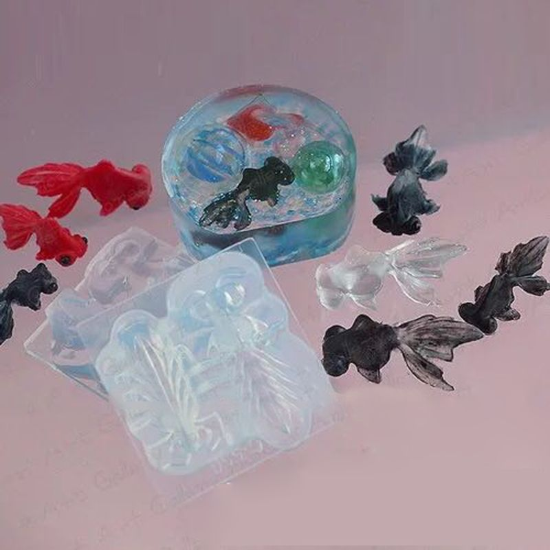 3D Vivid Goldfish Pendant Silicone Mold Resin Casing Craft Jewelry Making Tools