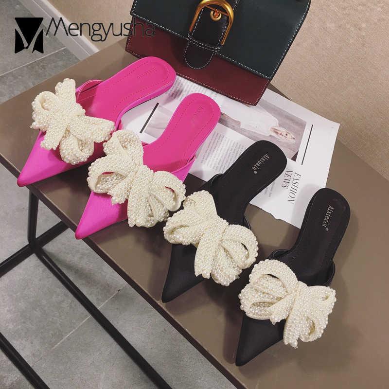 Marka Tasarımcısı Kadın Dize Boncuk Katır Düz Topuklar Ayakkabı Sivri Burun Ilmek Terlik Büyük Yay Ipek Flip Flop V açık Slaytlar 2018