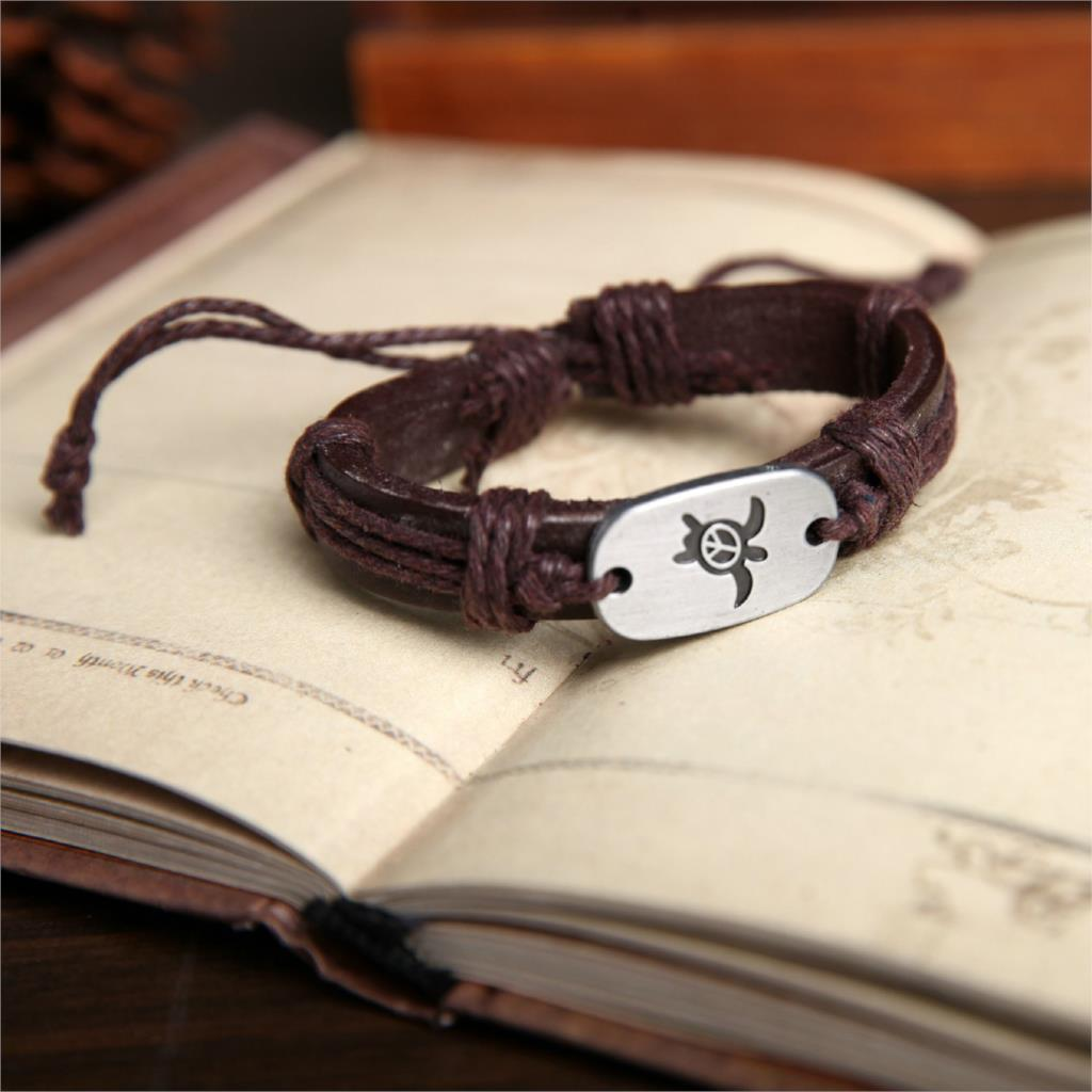 brown hand crafted leather sea turtle bracelet-2