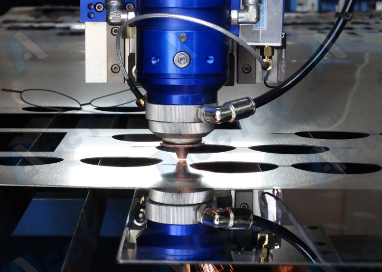 AccTek 1390 130W 150W 180W 280W <font><b>300W</b></font> <font><b>co2</b></font> Metal <font><b>laser</b></font> cutting machine image