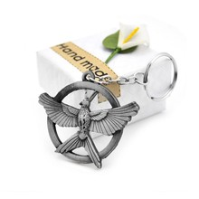 Pop Game The Hunger Games Keychain Popular Vintage Style Birds Charm Snitch Pendent Key Chain Keyring Metal Keychains Car Holder