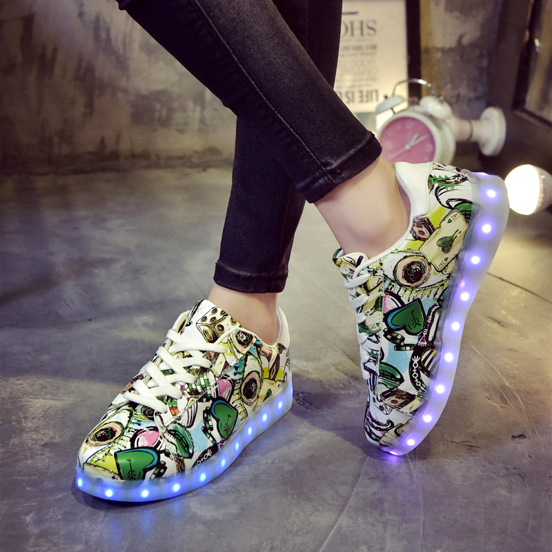 7-colors-Luminous-Sneakers-for-Girls-Led-Children-Lighting-Shoes-With-Light-Up-Kids-Glowing-illuminated-sneaker-3