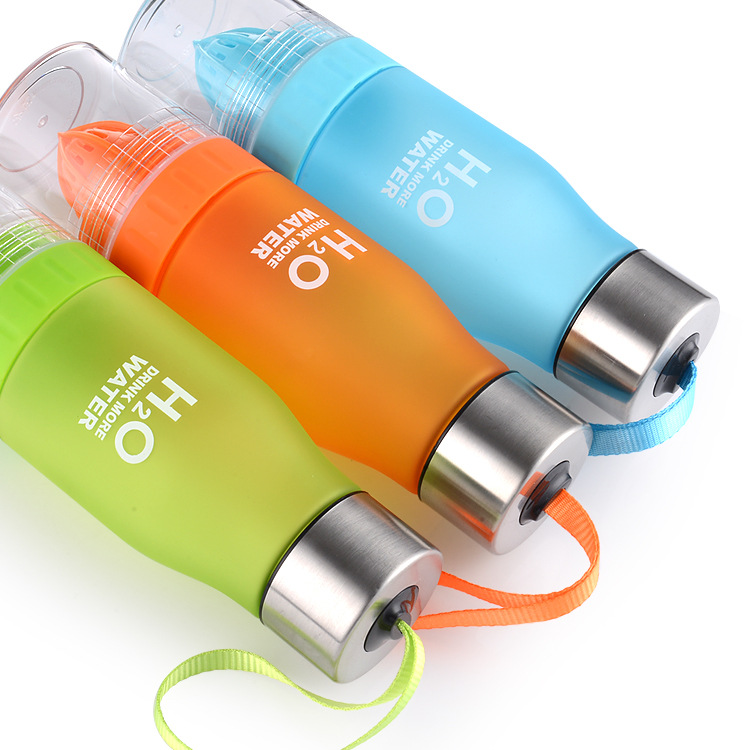 650ML Plastic Fruit Lemon Juice Infuser Water Bottle Portable H2O Drink Bottles For Outdoor Camping Travel Sport