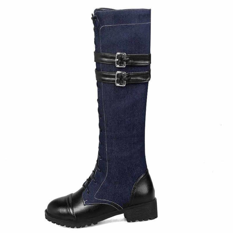 Модные зимние армейские сапоги для женщин; цветные высокие сапоги до колена из искусственной кожи и джинсовой ткани; сапоги для верховой езды на шнуровке с ремешком и пряжкой; большие размеры 33-46