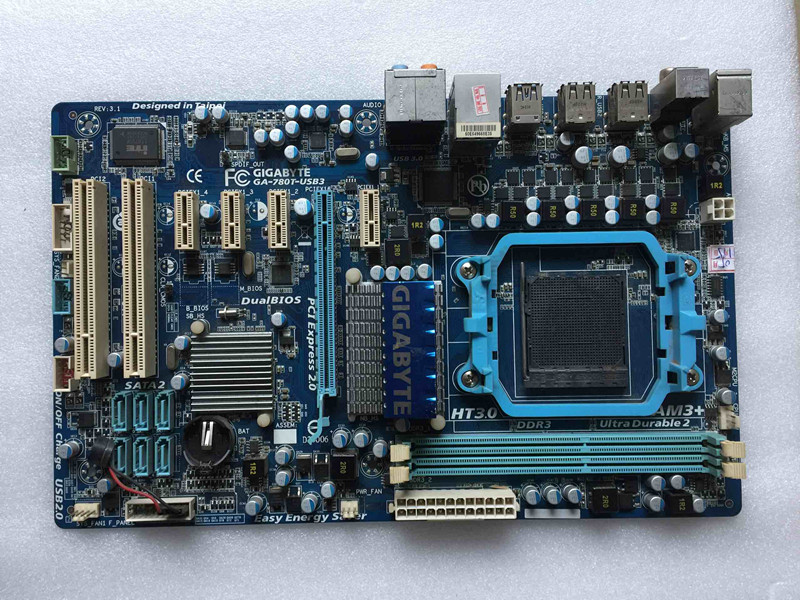 100% original Free shipping desktop motherboard for Gigabyte GA-780T-USB3 780T-USB3 DDR3 Socket AM3+  цена и фото