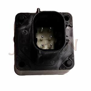 Image 5 - 867B0 60010 קדמי מצלמה עצרת fit עבור טויוטה לנד קרוזר לקסוס LX570 5.7 2015 2016 2017 867B060010 867B0 60010