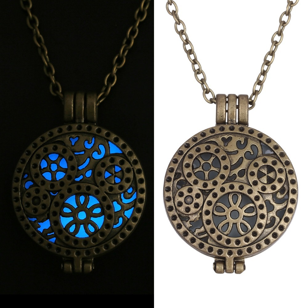 Heart Love Steampunk Aqua Luminous Glow in the Dark Pendant Women Necklace Hot