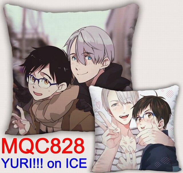 Аниме подушка двусторонняя Юрий на льду 2