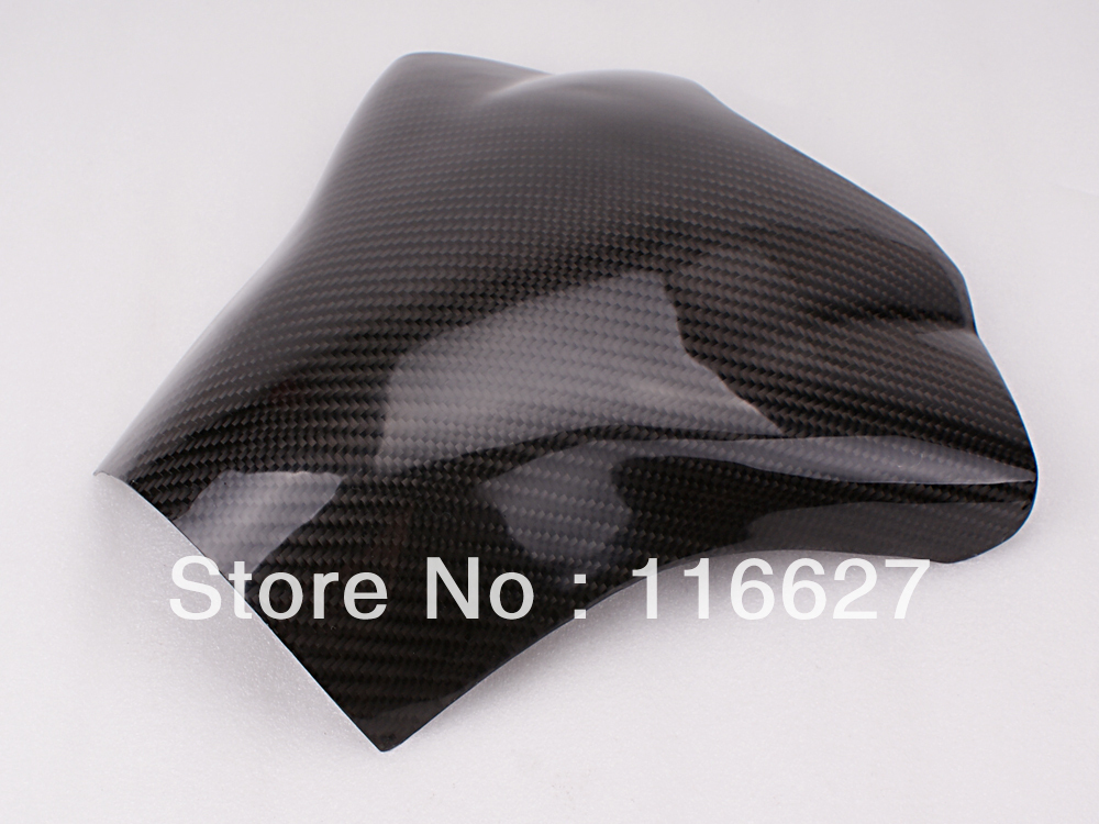 Freeshipping Carbon Fiber Fuel Gas Tank Protector Pad Shield For YAMAHA YZF-R1 2004-2006 black color motorcycle accessories carbon fiber fuel gas tank protector pad shield rear carbon fiber for kawasaki z1000 03 06