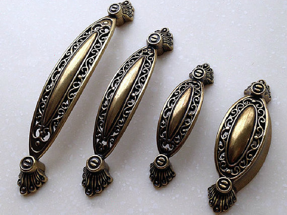 Cabinet Handles Pulls Knobs Antique Bronze Openwork / Dresser Drawer Pulls Handle Knob / Vintage Furniture Door Hardware Rustic vintage brass kitchen furniture file cabinet cabinet door knobs and handles antique bronze drawer door knobs pulls handle hw204