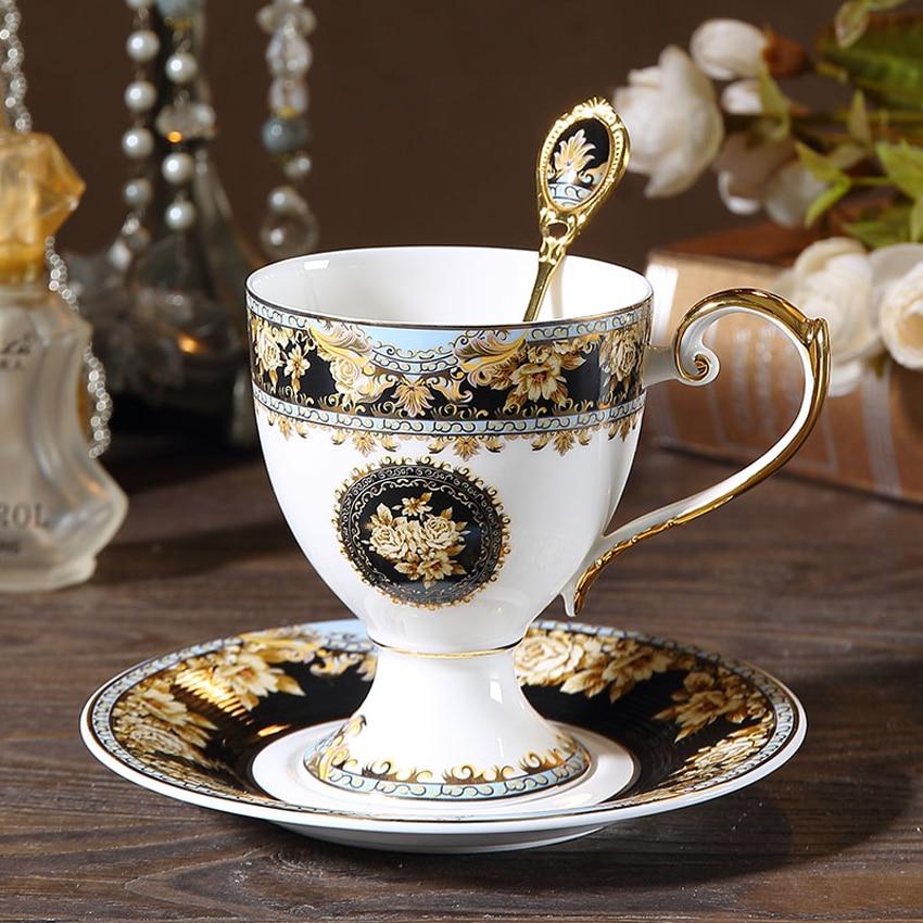 Juego de tazas de café de porcelana de hueso de corte de Europa de lujo, tazas de té de porcelana creativas para la tarde, fiesta de té, hotel, decoración del hogar, nuevos regalos de boda