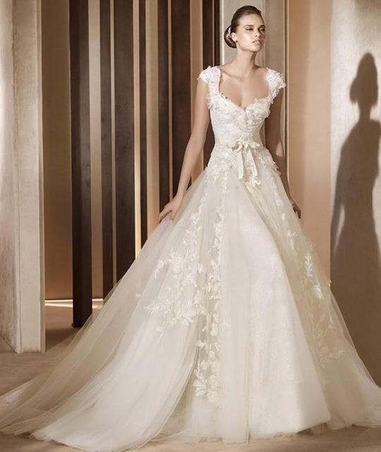 Sexy wedding dresses color