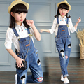 2017 spring and autumn fashion classic children's jeans girls in the big cartoon ball head beauty washable straps children