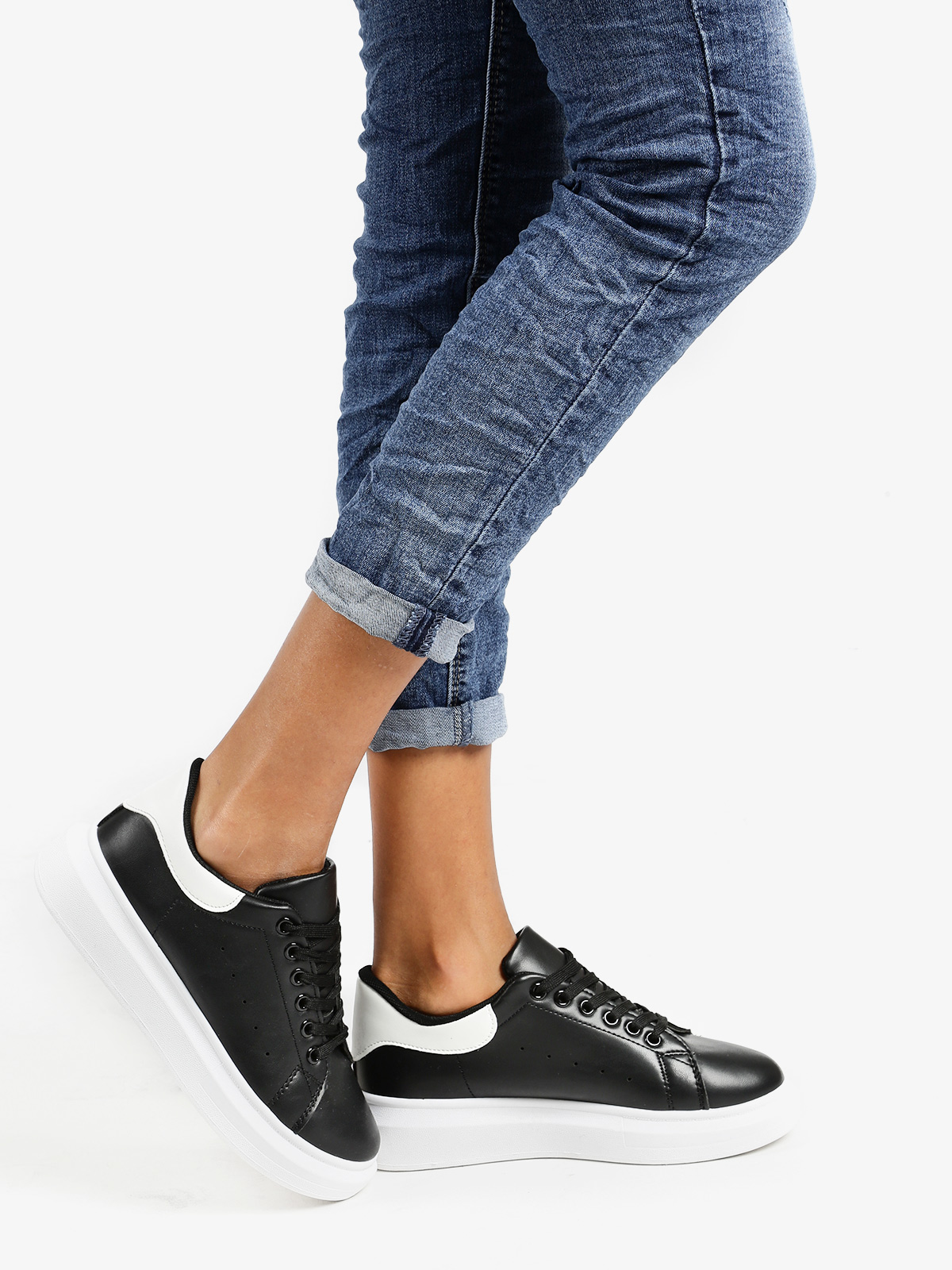 Sneakers Flat With Platform