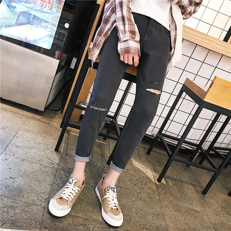 2018 Summer New Mens Fashion Trend Casual Hole Nine Points Jeans Slim Tide Wild Young Students Stretch Feet Pants
