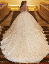 Ball Gown Lace Wedding Dress 2016 Elegant Cap Sleeves Beading Flower Crystal Wedding Gown Vestido De Noiva De Renda BW01