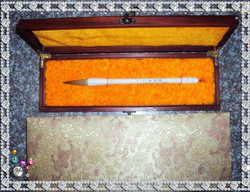 Free shipping Quality gift pen meaned calligraphy brush lake pen weasel hair gift box gift box set