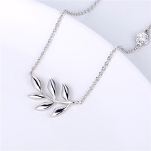 2019 Hot Sale Olive Leaf Necklace Silver Exquisite plated silver Pendant Womens Brass