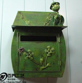 Garden decor / Villa mailbox /Green Ant Iron Mailbox Waterproof Home Decoration Garden mailbox