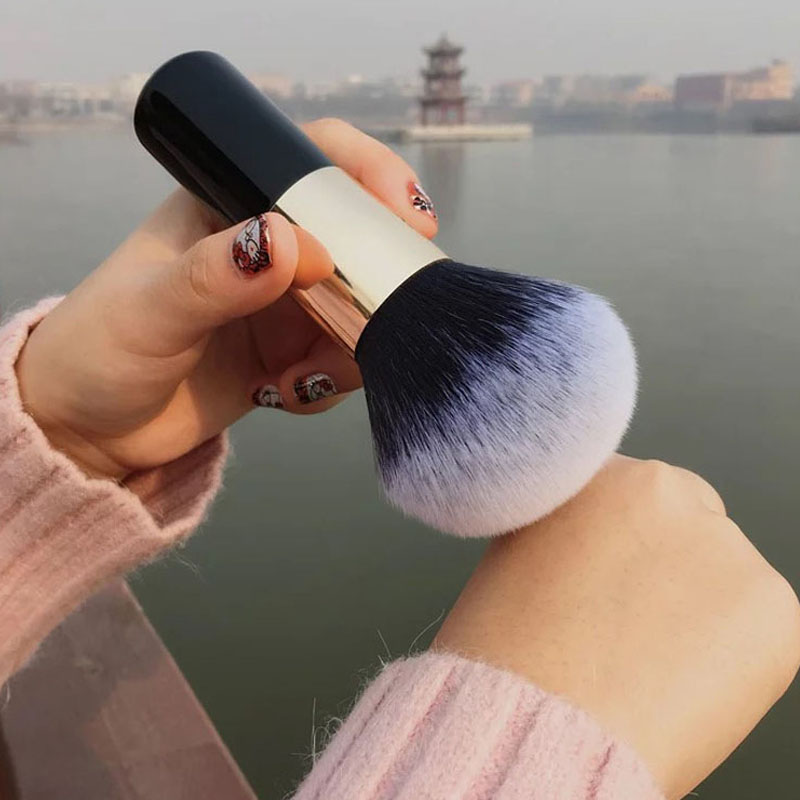 Big Size Makeup Brushes Beauty Powder Face Blush Brush Professional Large Cosmetics Soft Foundation Make Up Tools(China)