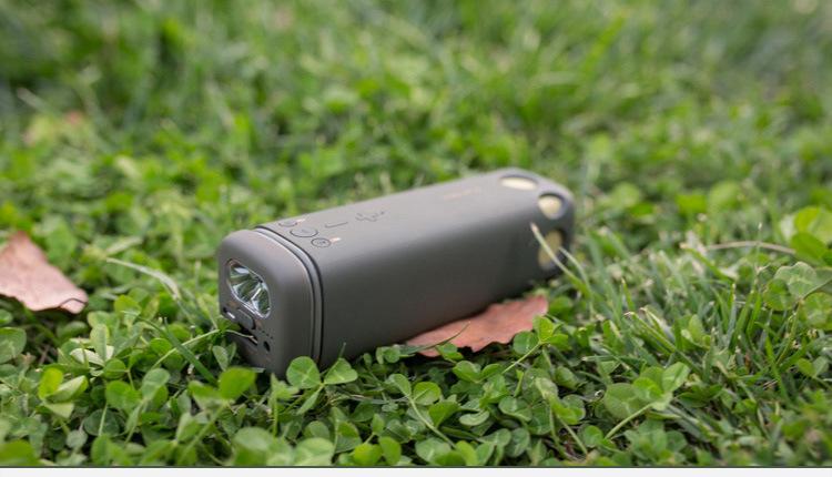 speakers flashlight wireless cycling 19