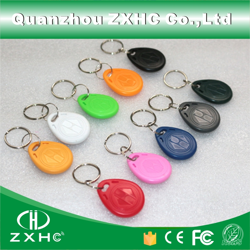 (100pcs) T5577 Rewritable Programmable RFID 125 KHz Keychain Keyfobs Key Finder For Copy EM4100 Cards