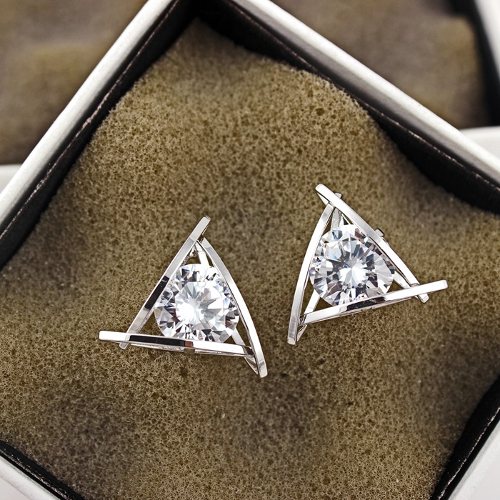 YUN RUO 2020 Rose Gold Color AAA Zirconia Triangle Stud Earring for - Mote smykker - Bilde 3